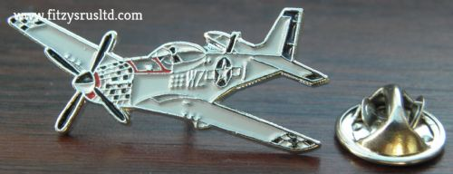 P-51 Mustang Aeroplane Pin Badge Air Force Plane